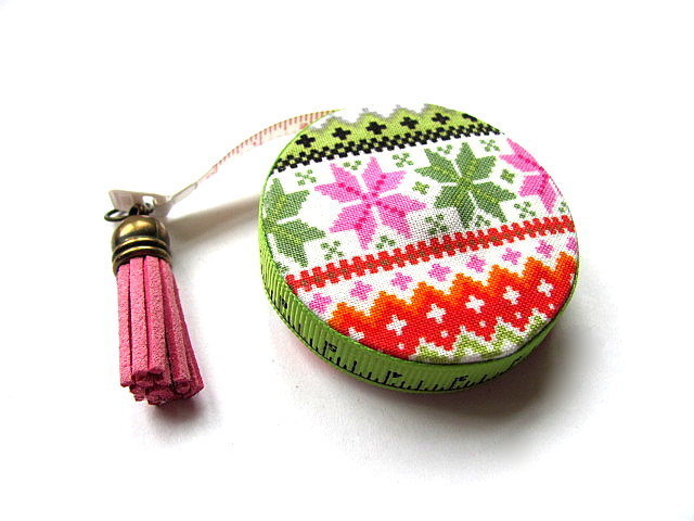 Measuring Tape Sweater Pattern Retractable Tape Measure