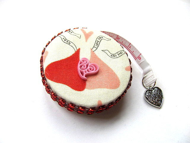 Measuring Tape Valentine Kisses Retractable Tape Measure