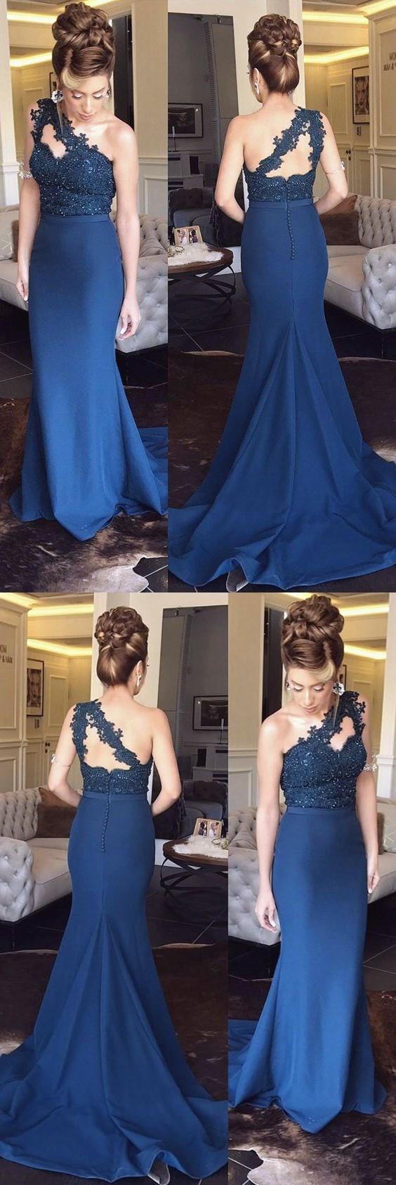 Navy Blue Lace Appliques One Shoulder Mermaid Bridesmaid Dresses