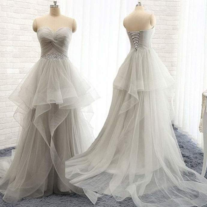 Sweetheart Lace Up Light Gray Beaded Elegant Tulle Long Prom Dresses