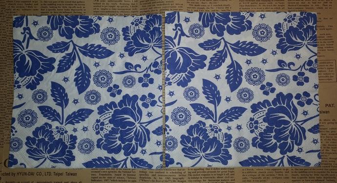 N139 Paper Napkins (Pack of 3) Blue and White Floral Design, Doilys