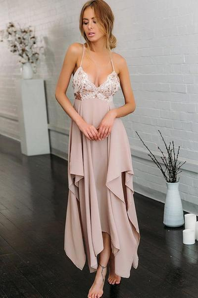 Simple Spaghetti Strap Sleeveless V Neck Chiffon With Sequins Prom Dress