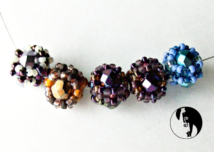Bitty Beaded Bead Pattern by DatzKatz Designs