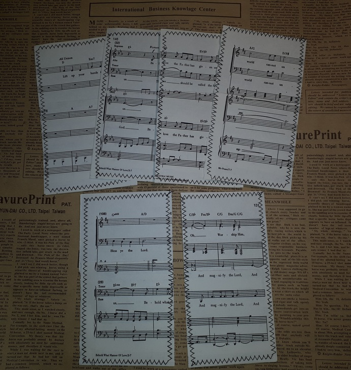 HM130 (2 Pieces) Machine Stitched Music Book Paper Pockets