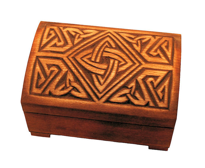 Wooden historical jewelry box with knife sheath ornament, York (England) IX-X c.