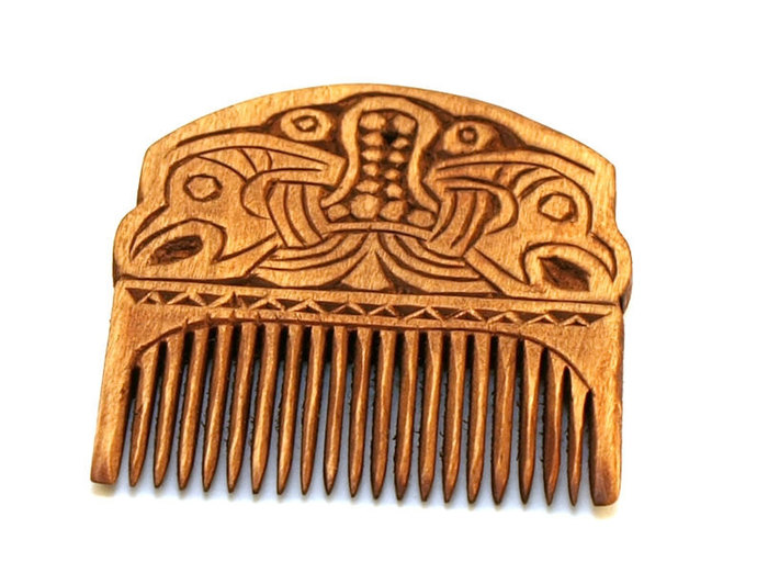 Viking Wooden Comb with two ravans