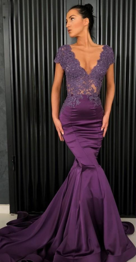 Purple Beaded Mermaid Lace Evening Dresses V Neck See Through Back Prom  Gowns f06d999e3