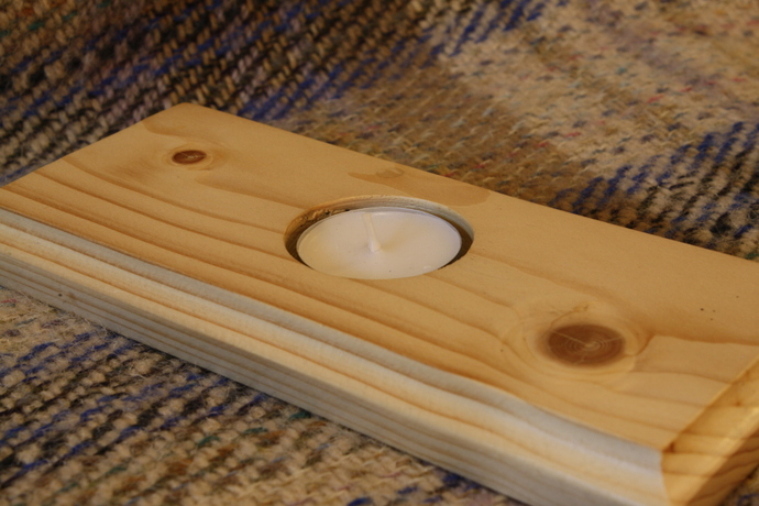 Simple and classy tea light candle holder