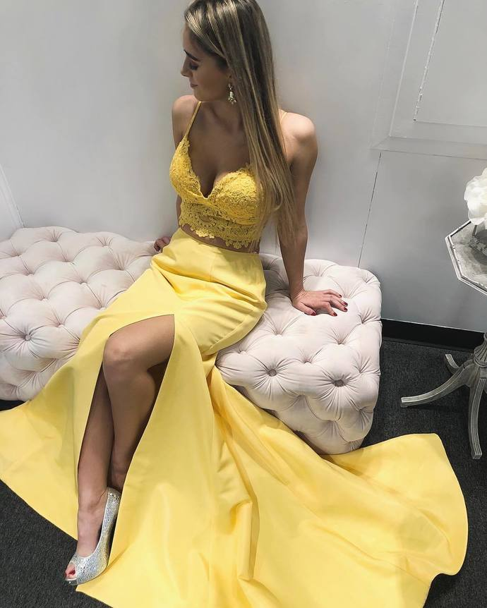 Gorgeous Strappy Mermaid Yellow Long Evening Dress