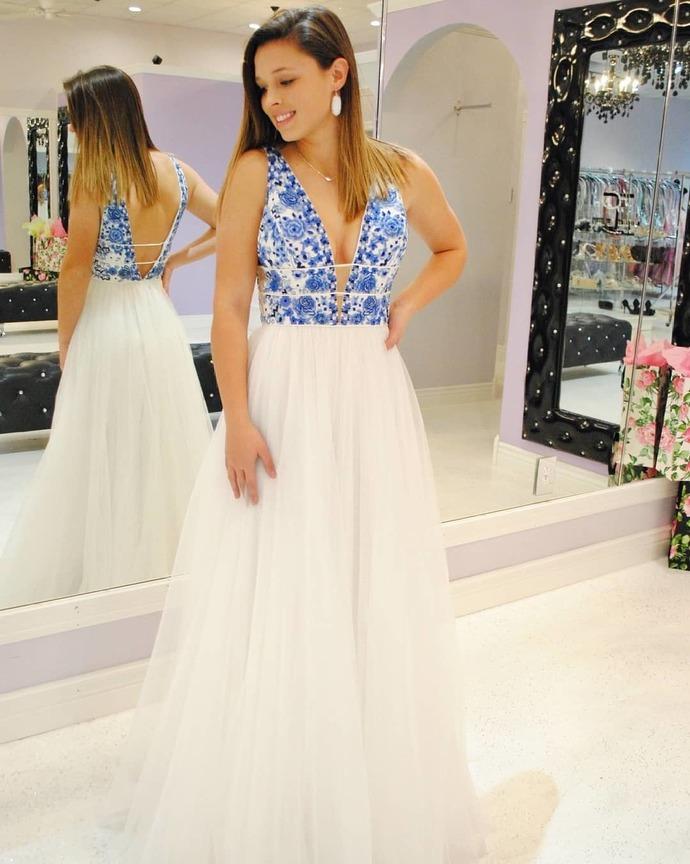 Elegant White and Blue Appliques Long Party Dress
