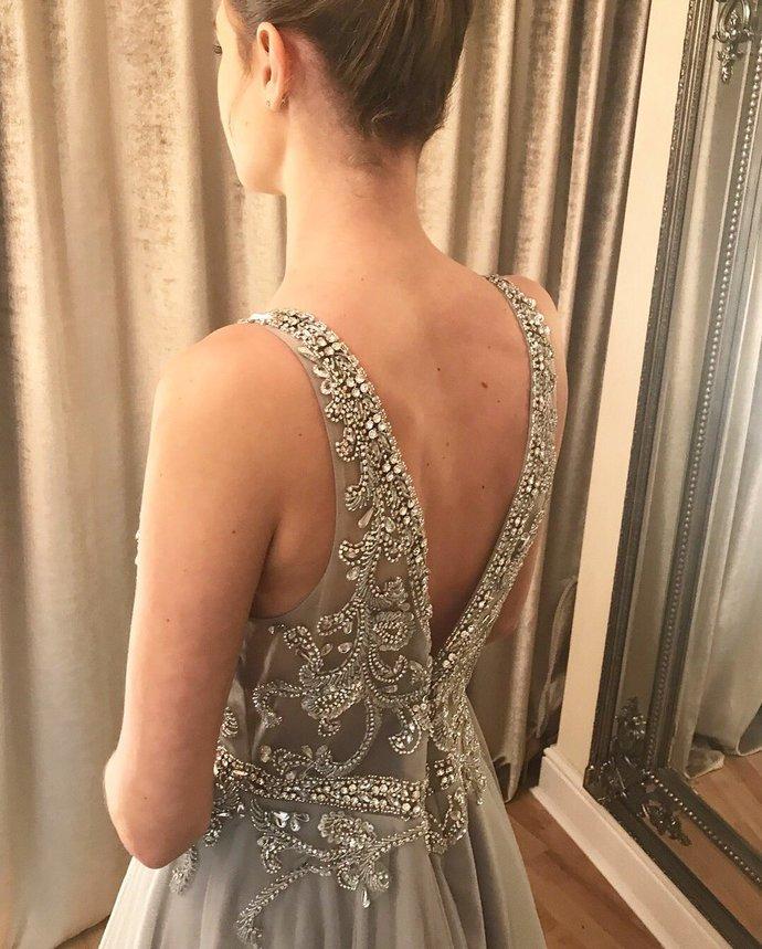Luxurious V Neck Beaded Grey Tulle Long Prom Dress