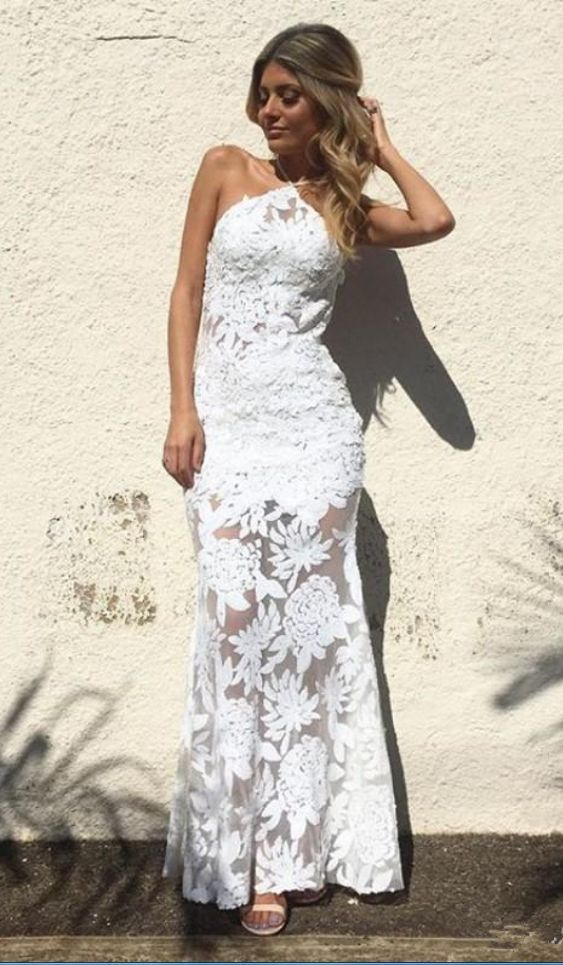 Sexy Sheath Mermaid Evening Gowns Halter Full White Lace Applique Backless  Prom 19c349a05