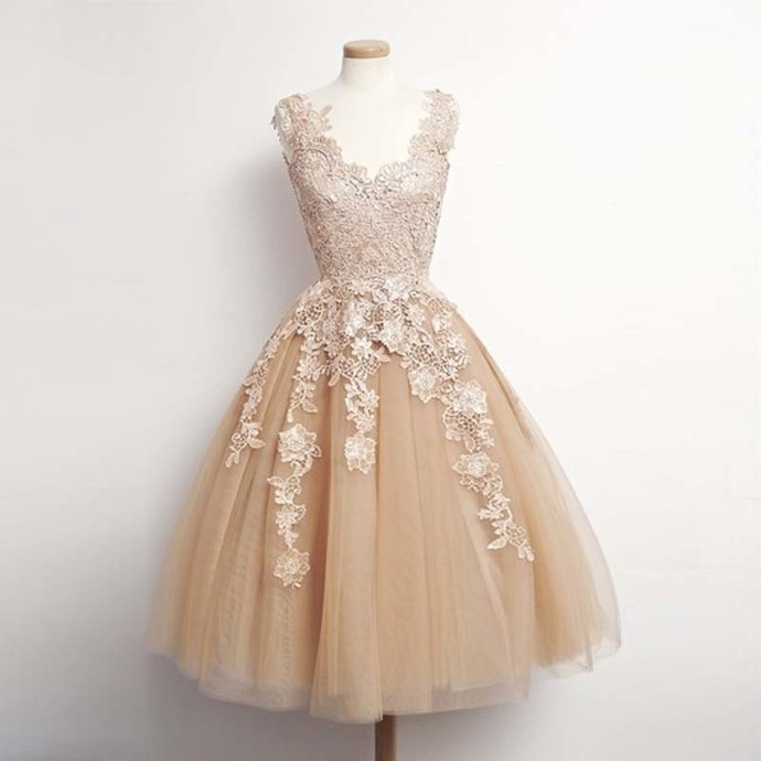New Arrival Tulle Champagne Homecoming Dress, Lace Appliques Short Prom Dress