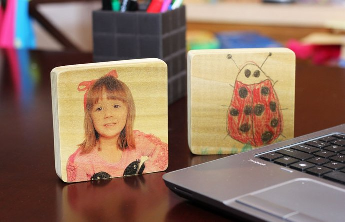 Desk Top Customizable Personalized Photo and Artwork Mini Sign - Your child and