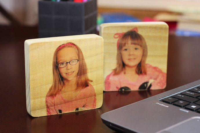Desk Top Customizable Personalized Mini Photo Panel Sign