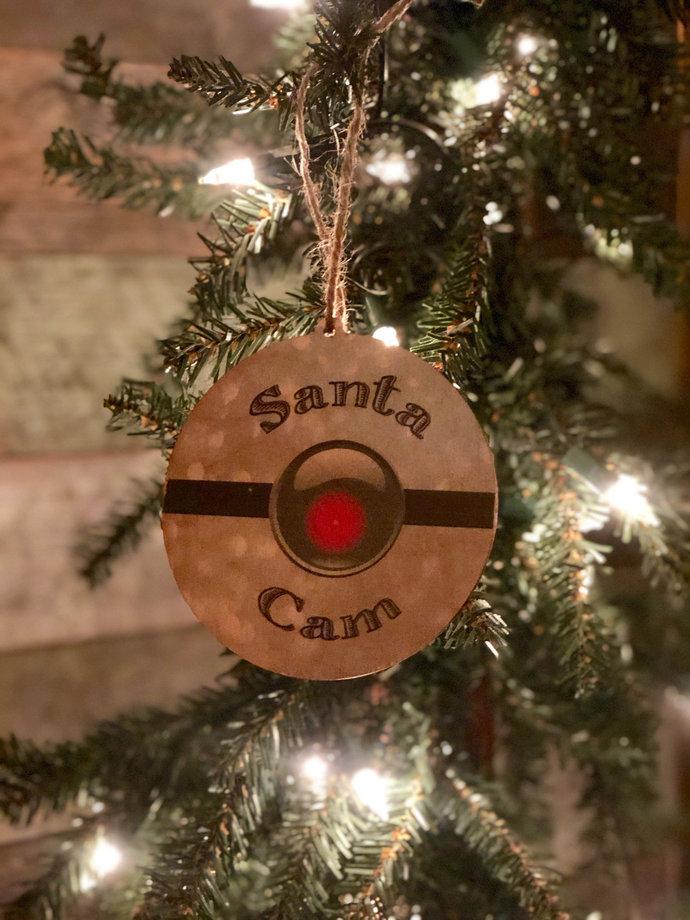 Santa Cam Circle Wood Ornament