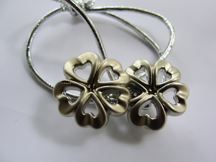 Flower Heart Button Ponytail Holder