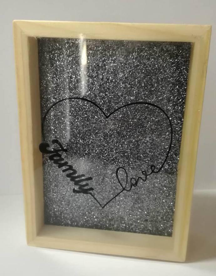 Family love Wood Frame- WB002