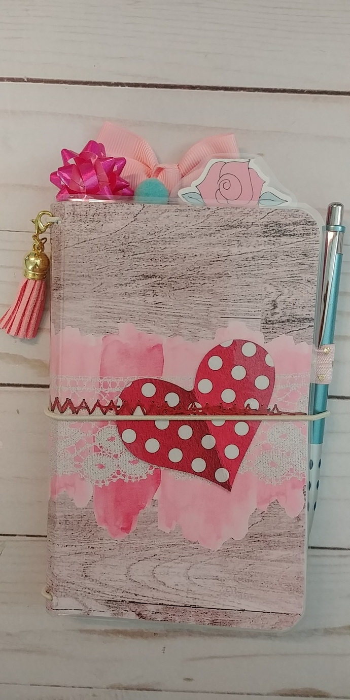 """Valentine Heart"" Pocket Travelers Notebook w/inserts"