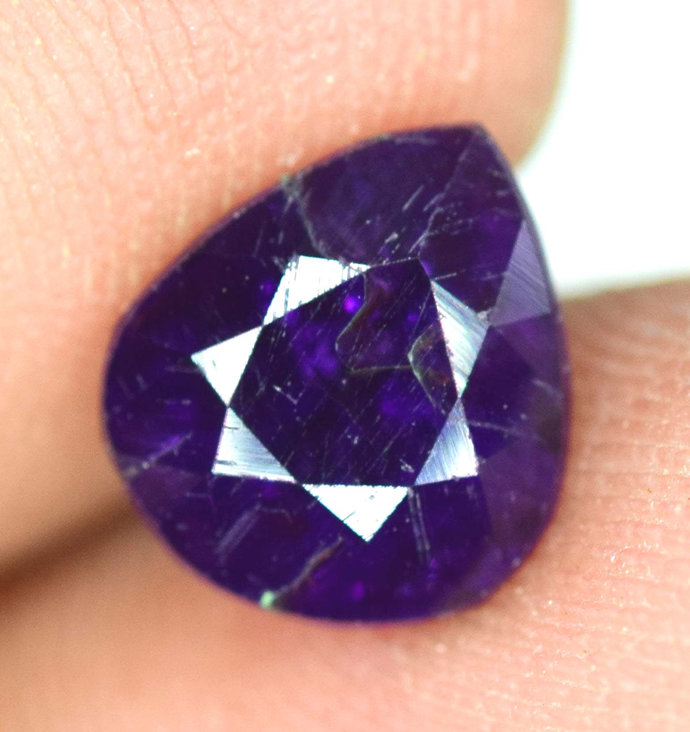 1.55 cts Dazzling Violet Purple Loose SCAPOLITE Gemstone from Afghanistan ;