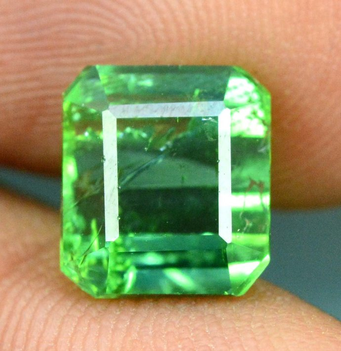 4.05 cts Green Color Natural Afghan tourmaline gemstone From Afghanistan