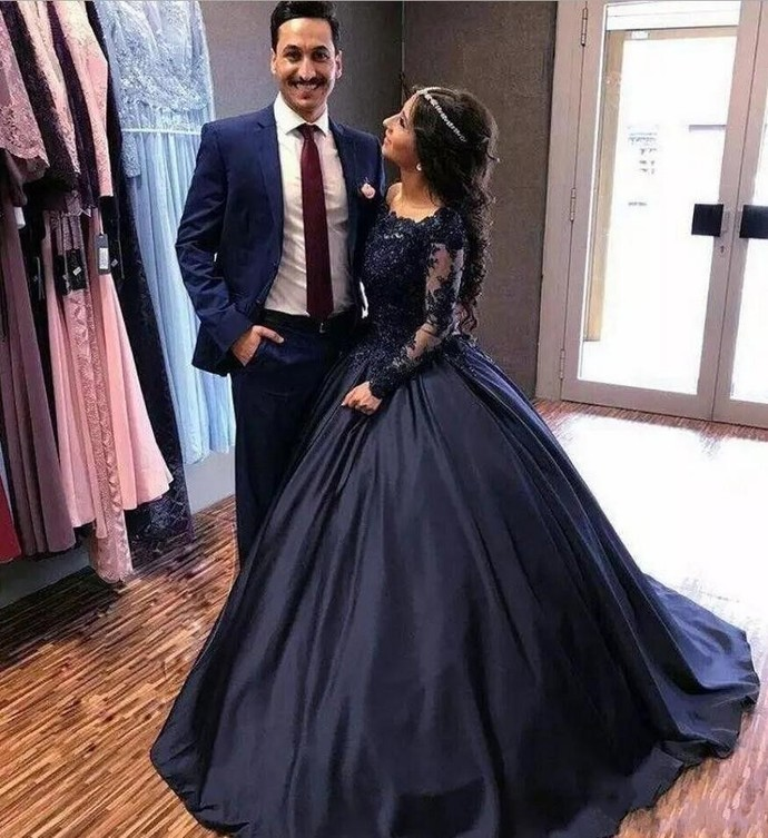 Summer Fall Navy Blue Long Sleeve Prom Dresses Bateau Lace Satin masquerade Ball