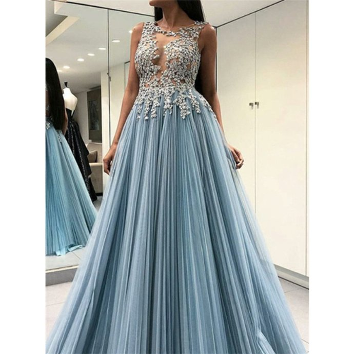A-Line Sleeveless Appliques Open-back Prom Dresses With Pleats