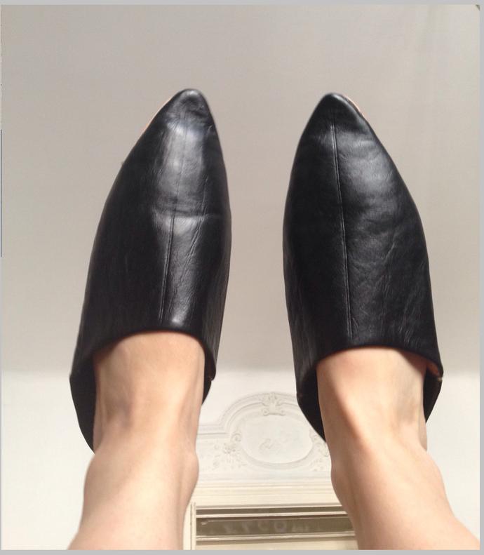 dc53c1aede6 black leather slippers handmade naturel
