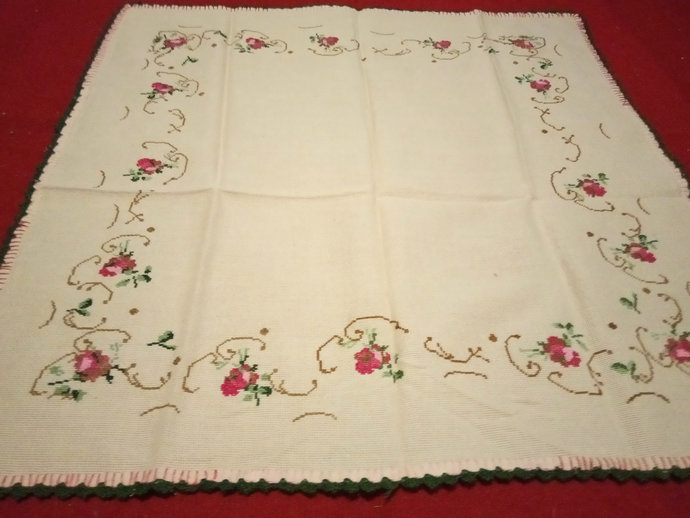 Table Scarf Flowers Pattern Hand Embroidered. Vintage Table cover handmade