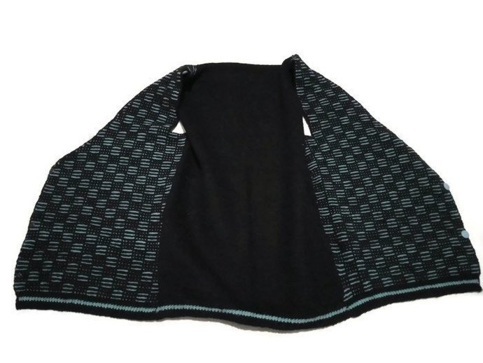 Handmade Vest, Hand Knitted, Simple And Cute vest. Vintage Vest