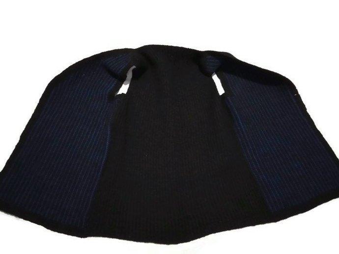 Hand Knit Vest, Blue And Black Vest, Unisex Vest, Vintage Simple Pattern vest