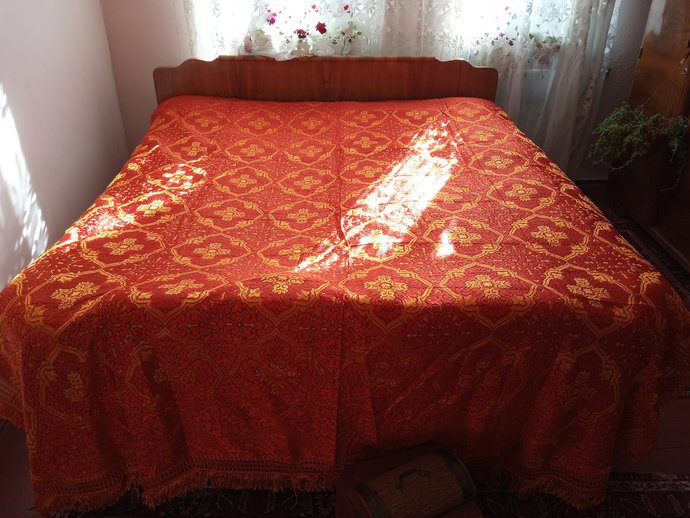 Bed Cover Orange. Bed Throw. Large Bed cover. King Size Bed Cover. Colorful And