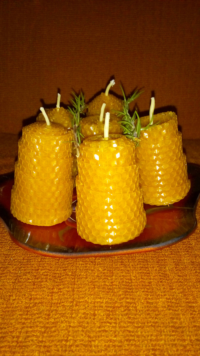 Beeswax candles. Handmade from pure beeswax. Non-toxic. Set of ten candles