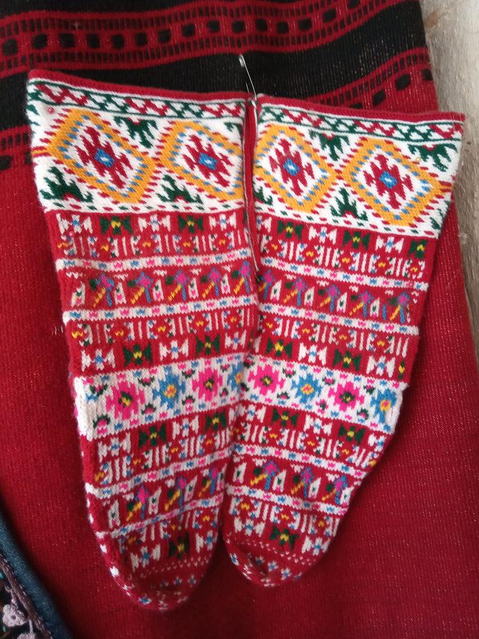 Red socks. Hand knitted. Handmade vintage socks. Unisex socks. Rare and unique