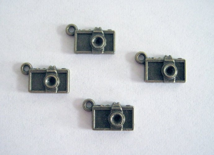 6 Small Camera Charms Vintage Style Antique Bronze Camera Charms Fast Ship From
