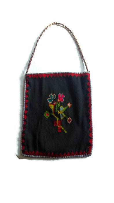 Bag Vintage. Flowers. Shoulder bag. Hand woven/ pure wool/ natural materials