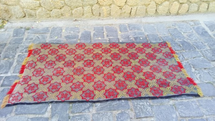 Small Rustic Carpet. Multi use carpet. Bed Cover. Bed Throw. Tapestry handmade.