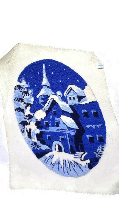 Gobelin Needlepoint. Winter in the old town. Petit needlepoint. Vintage gobelin/
