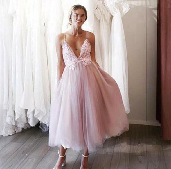 1da8b63ef Blush Pink Short Wedding Bridal Dresses 2019 V neck With Straps Tulle  Backless