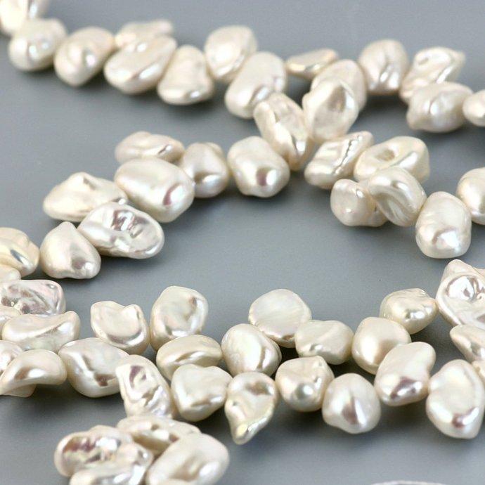 Keshi pearls white top-drilled 6-7mm - full strand, PSTR1K6