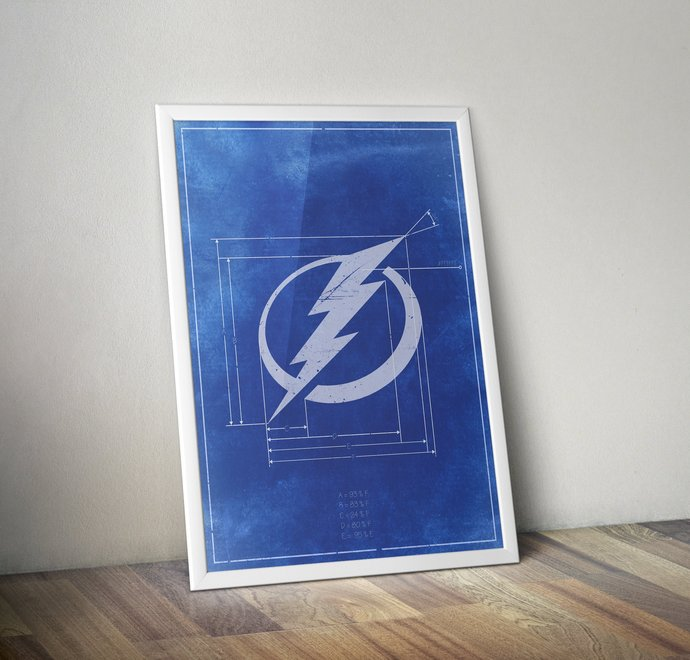 Tampa Bay Lightning Vintage logo schematic art print. 5x7 to 24x36 with free