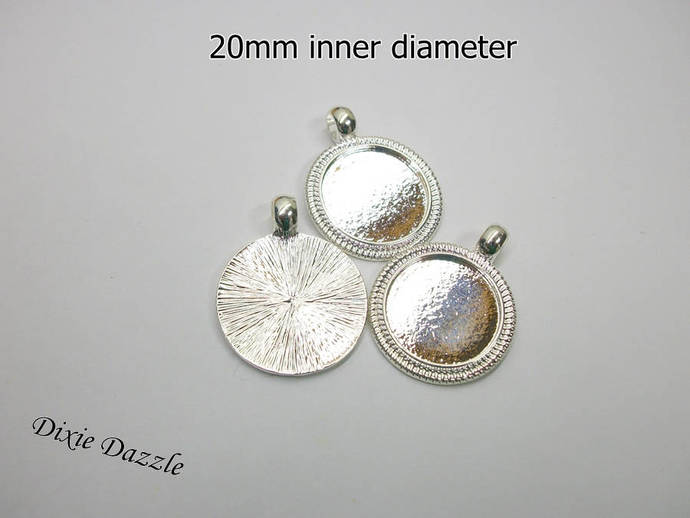 20mm charms, 20 20 mm Round Pendant Tray Blanks, 3/4 inch bezel, 20mm round