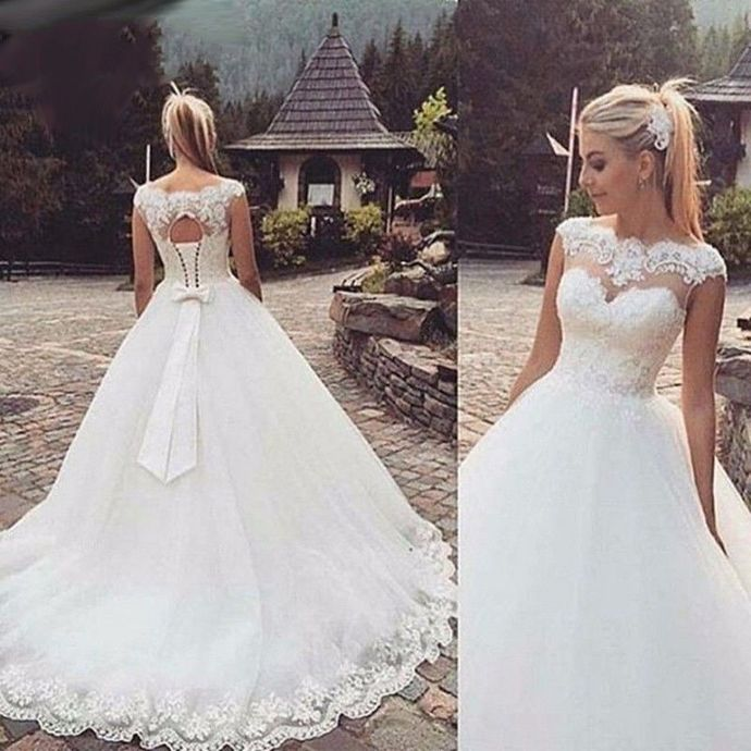 838997b0ef White Ivory Cap Sleeve Wedding Dresses Beading Lace Tulle Ball Gown Bridal  Gown