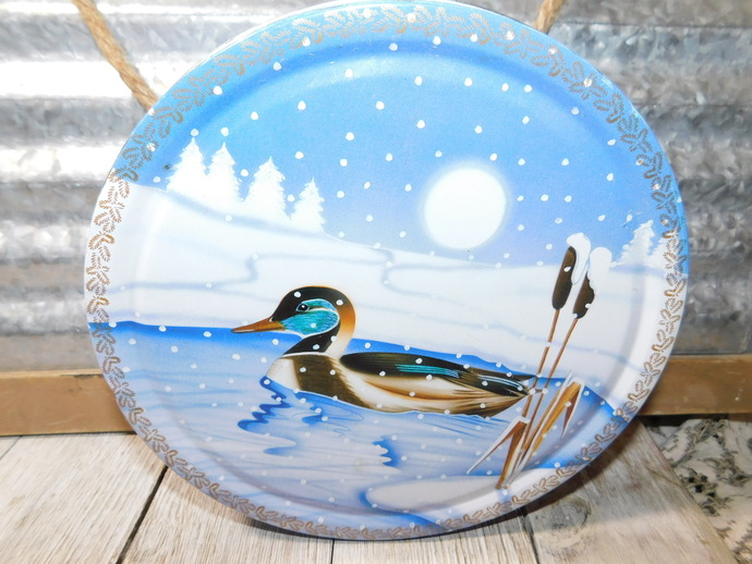 Duck and Wood Pecker Tin Can, Dansik Biscuit Tin Can, Winter Tin Can, Vintage