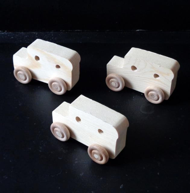 Pkg of 3 Handcrafted Wood Toy Cargo Vans 297AH-U-3 unfinished or finished