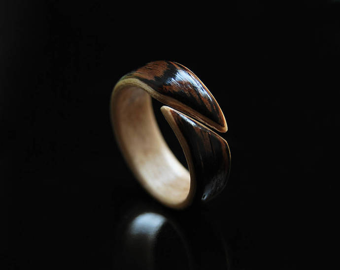Handcrafted Mens Wood Ring • Band Bentwood Wenge & Maple Ring • Wood Ring Men •
