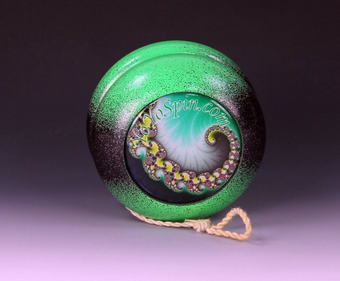 """Vintage Tom Kuhn/BC """"School Colors"""" Yo-Yo Re-painted and fitted with Fractals !"""