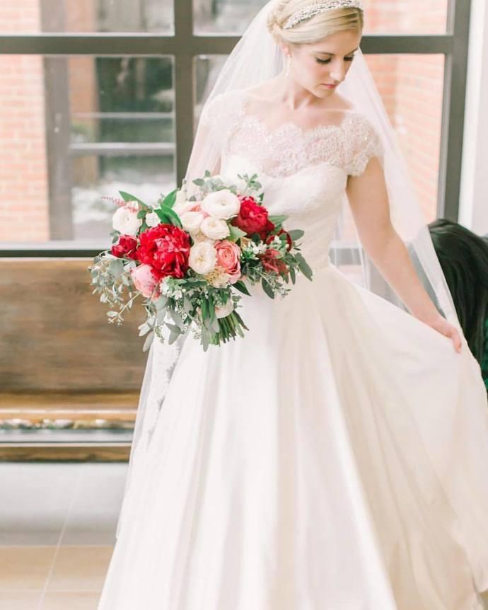 Cap Sleeve White A Line Wedding Dress, Elegant Lace Bridal Gowns