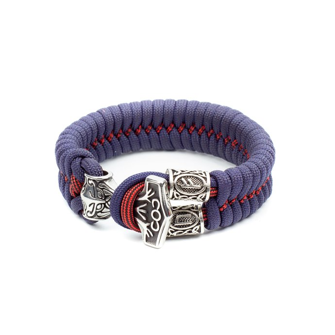 Bracelet of a successful man, financial success, Celtic knot with Paracord,
