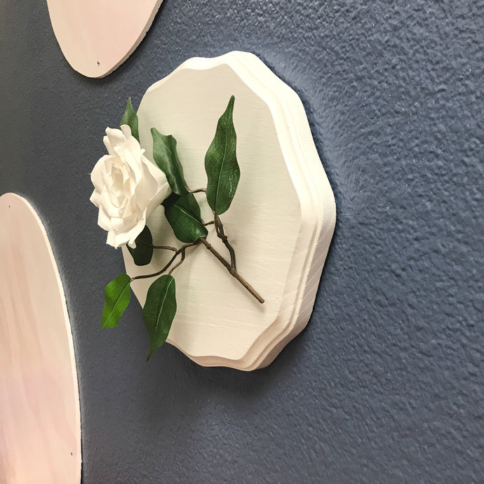 Wall art - White paper flower 3D wall decor - Customizable color